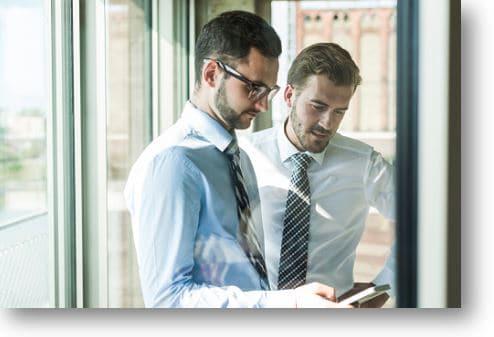 Зачем нужно изучать конкурентов и лидеров?