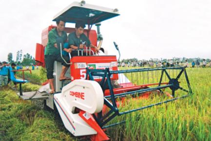 Поставка тракторов во Вьетнам